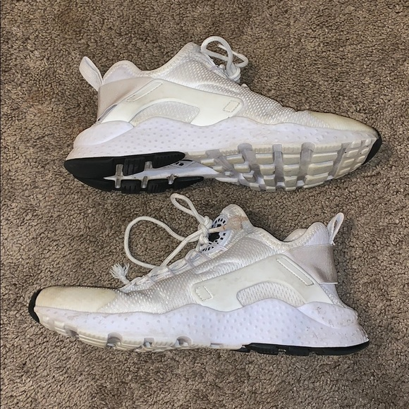 official photos 2ee91 09ee3 Nike Air Huarache Run Ultra Lace Up Sneakers. M 5c2eb1022e147874531f472a